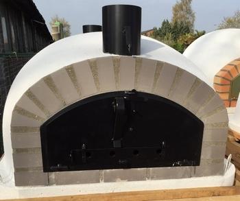 Oven Pisa 100 Geïsoleerd met zwarte deur